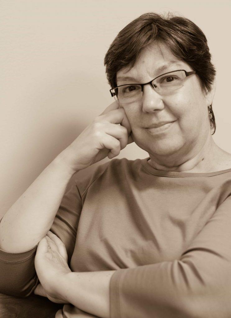 Elizabeth De Wolfe, PhD